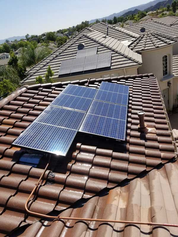 Roof & Solar Panel Cleaning